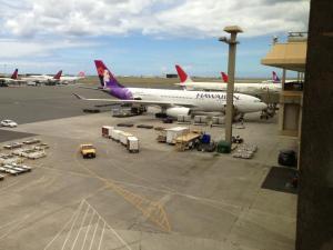 オアフに到着!ハワイアンエアのA320はそこそこ快適。機内食はいまいちかな〜!